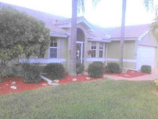 2001 Corona Del Sire Dr, North Fort Myers, FL 33917