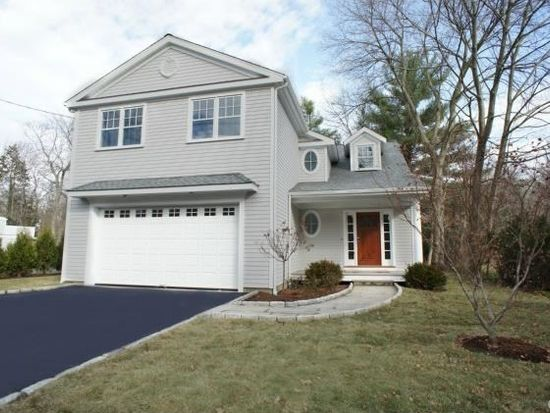 61 Parade Hill Rd, New Canaan, CT 06840