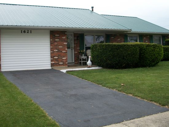 1621 Commonwealth Dr, Xenia, OH 45385