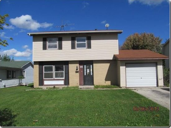98 W Schubert Ave, Glendale Heights, IL 60139