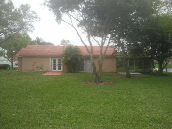 18125 NW 61st Ave, Hialeah, FL 33015