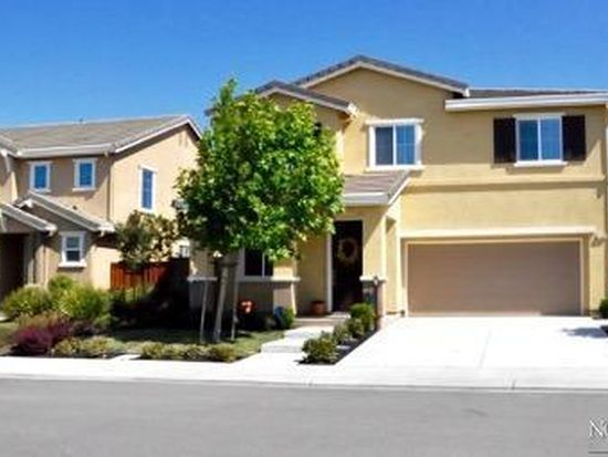 2300 Newcastle Dr, Vacaville, CA 95687