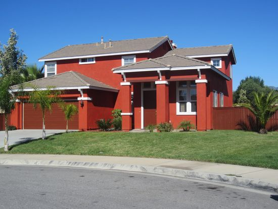 834 W Cromwell St, Rialto, CA 92376