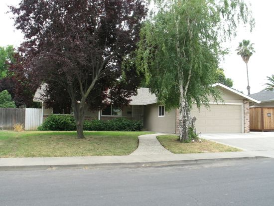 427 Chelan Dr, Vacaville, CA 95687