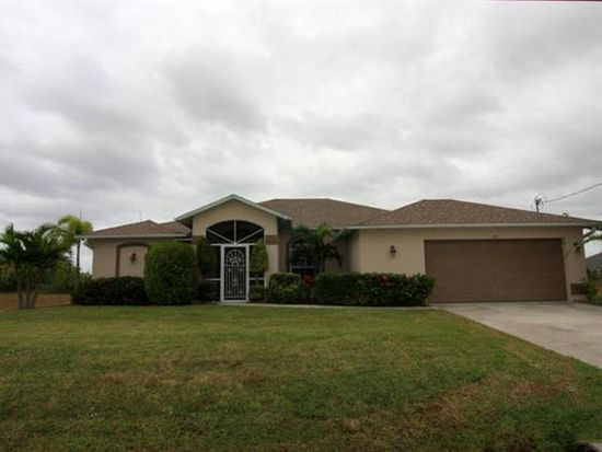 215 NE 19th Ter, Cape Coral, FL 33909