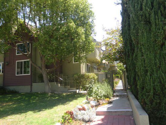 70 Harkness Ave APT 8, Pasadena, CA 91106