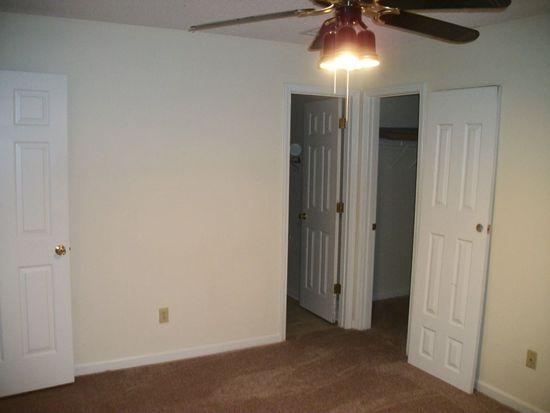 4715 Laurel Downs Rd, Memphis, TN 38128