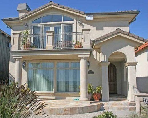 1414 W Cliff Dr, Santa Cruz, CA 95060