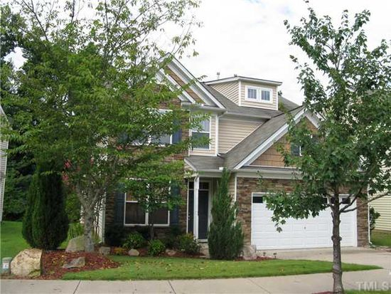 520 Stobhill Ln, Holly Springs, NC 27540