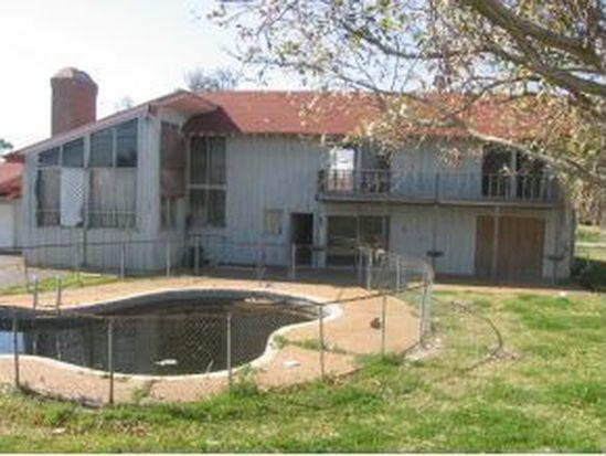 4648 Lakeshore Dr, Port Arthur, TX 77642