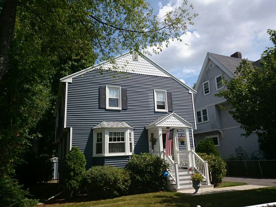 19 Maple St, Boston, MA 02132