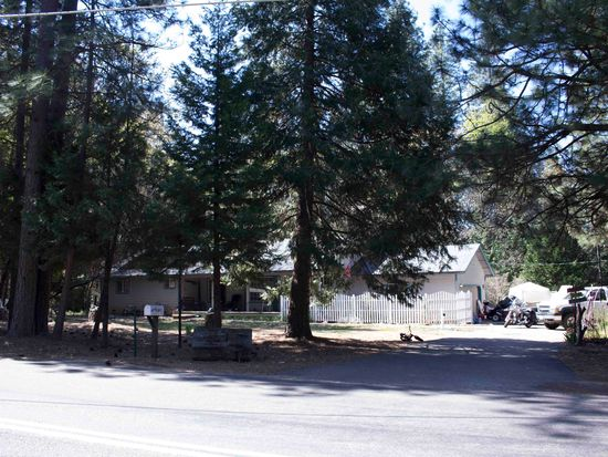 6204 Green Leaf Ln, Foresthill, CA 95631