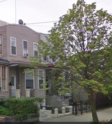 3113 12th St # 1, Long Island City, NY 11106