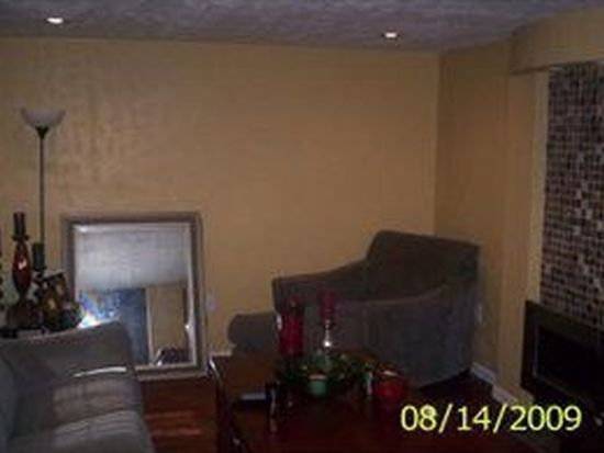 109 Wilson Dr, Pittsburgh, PA 15235