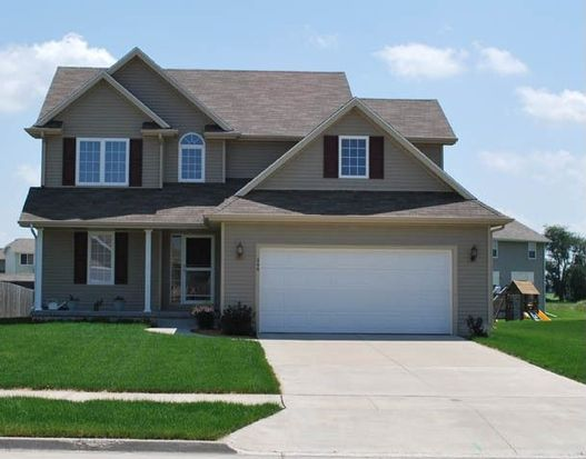 245 SE Wildflower Ct, Pleasant Hill, IA 50327