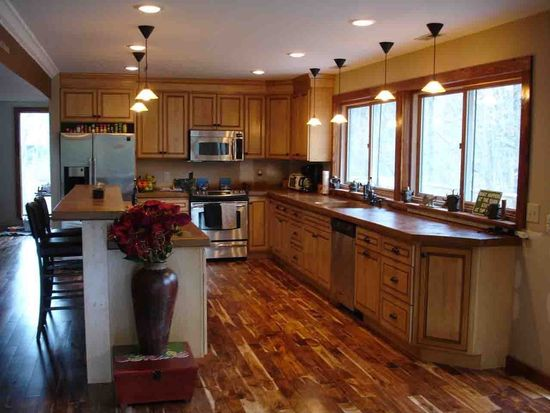 7170 Cook Rd, Powell, OH 43065