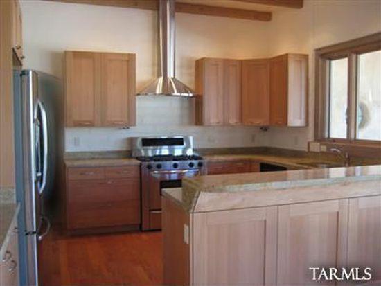2109 E Greenlee Rd, Tucson, AZ 85719