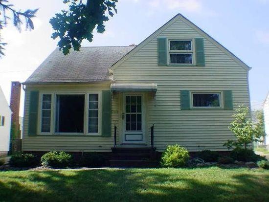13616 Oak Park Blvd, Garfield Heights, OH 44125