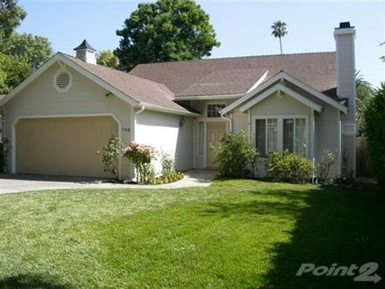 746 New York Dr, Altadena, CA 91001