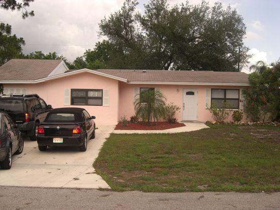 8360 Mesa Dr, Fort Myers, FL 33907