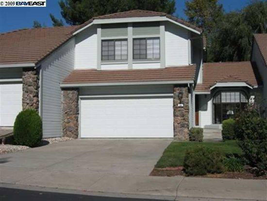984 Waverly Cmn, Livermore, CA 94551