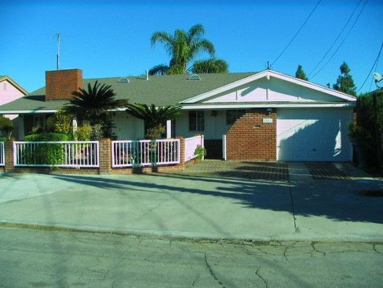 8561 11th St, Downey, CA 90241