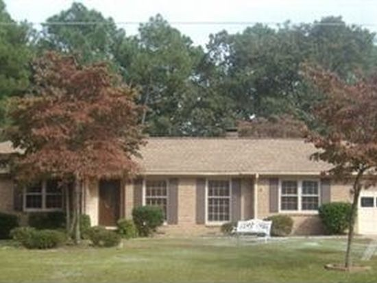 634 Wakefield Dr, Fayetteville, NC 28303