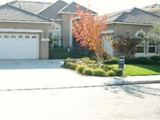 2933 E Quincy Ave, Fresno, CA 93720