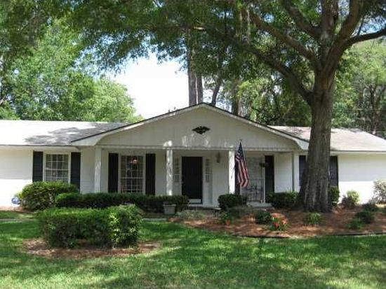 13112 Largo Dr, Savannah, GA 31419
