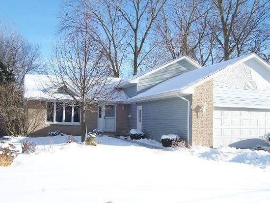 1269 Blakely St, Woodstock, IL 60098