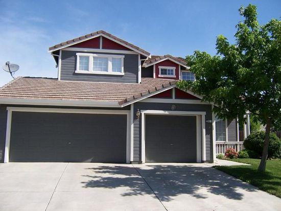 22 Hiller Ct, Woodland, CA 95776