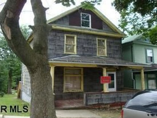325 Pine Ave, Altoona, PA 16601
