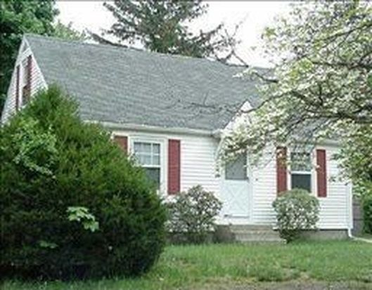 52 School St, North Kingstown, RI 02852