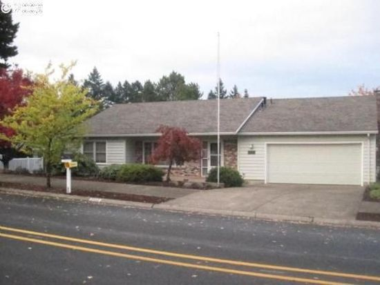 2552 Pimlico Dr, West Linn, OR 97068
