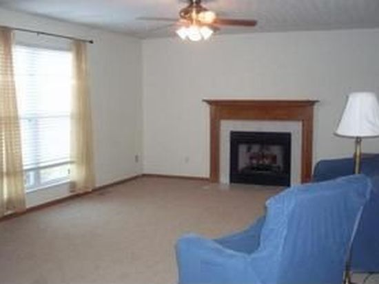 5103 Upland Meadow Dr, Canal Winchester, OH 43110