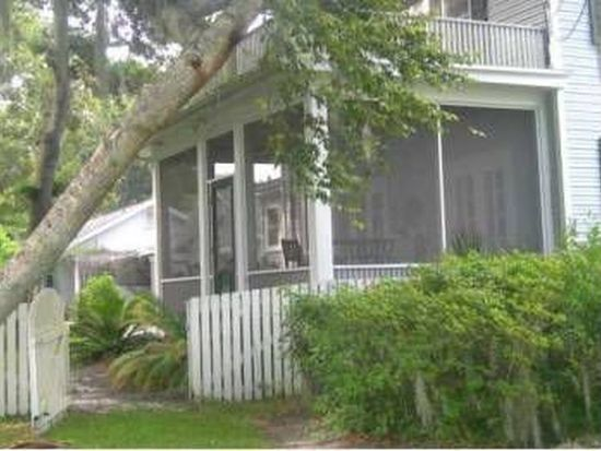137 W University Ave, Deland, FL 32720