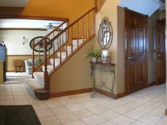 37W466 Raleigh Ct, Elgin, IL 60124