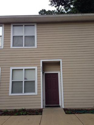 1710 NW 7th St APT 303, Gainesville, FL 32609