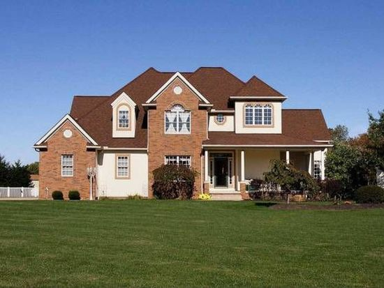 6875 Country View Dr, Valley City, OH 44280
