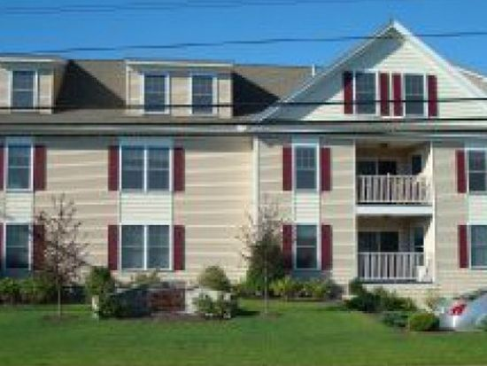 437 Winnacunnet Rd APT 102, Hampton, NH 03842