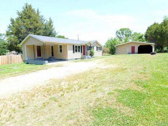 1018 W Stallings St, Clayton, NC 27520