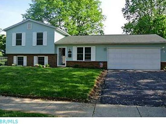 1823 Lakeview Dr, Newark, OH 43055