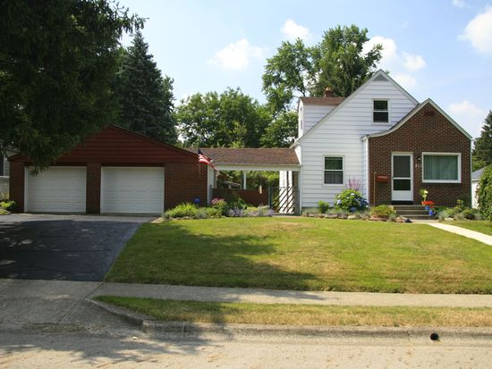 211 Chase Rd, Columbus, OH 43214
