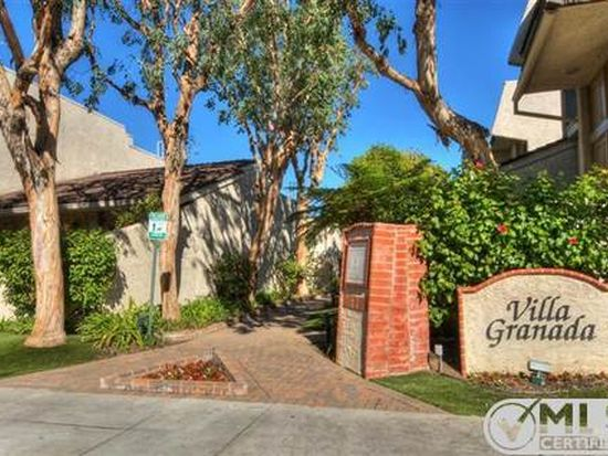22211 Erwin St, Woodland Hills, CA 91367