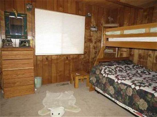 841 Bishorn Dr, Lake Arrowhead, CA 92352