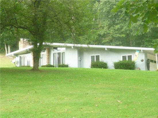 945 State Route 210, Shelocta, PA 15774