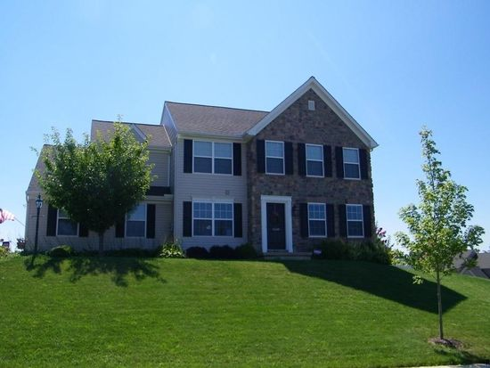 1660 Hampden Dr, York, PA 17408