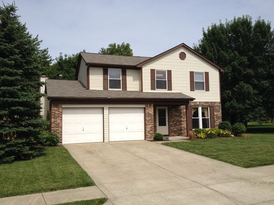 7664 Camberwood Dr, Indianapolis, IN 46268