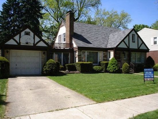 362 N Oaklawn Ave, Elmhurst, IL 60126