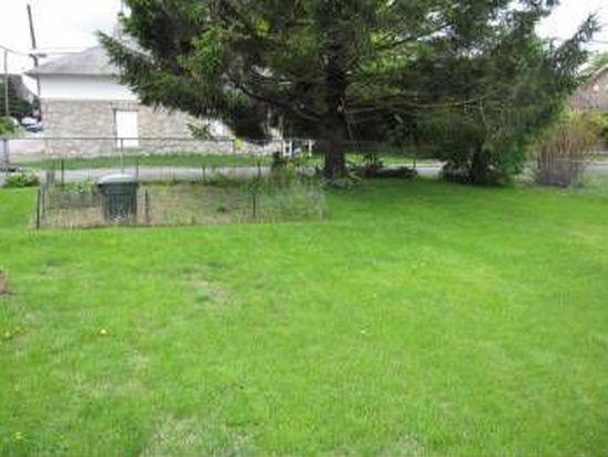 222 1st Ave, Phoenixville, PA 19460